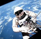 The First US astronaut to Perform EVA